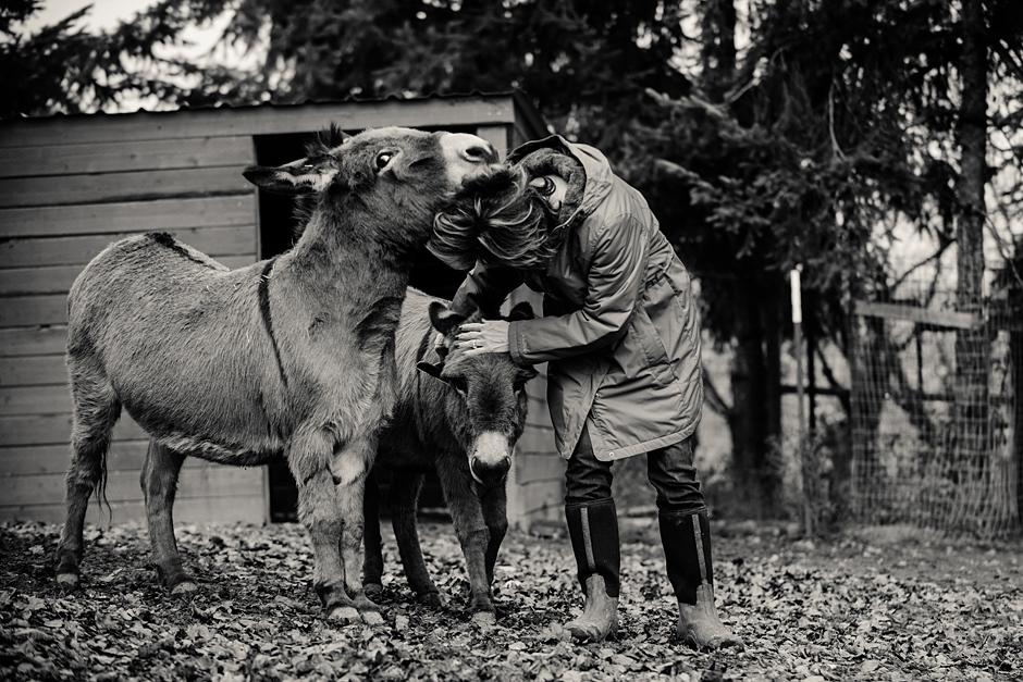 Robin with her donkeys Carlton Cellars Vineyard.